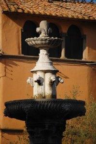 Fontana in Piazza del Gesù