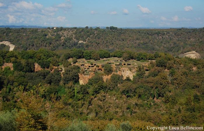 Bomarzo-Mte Casoli, insediamento rupestre RCRLB