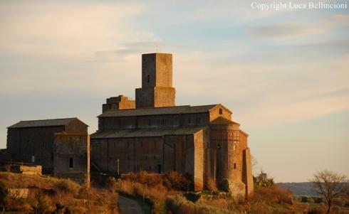 tuscania-basilica-di-s-pietro-veduta-2a-rcrlb